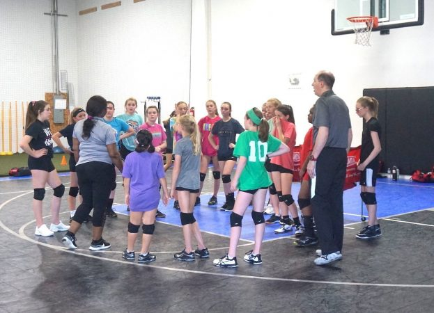 May 2019 volleyball Training Session - Kansas City north's Eclipse Volleyball Club KC - coach diane and Coach charles instructs 14u