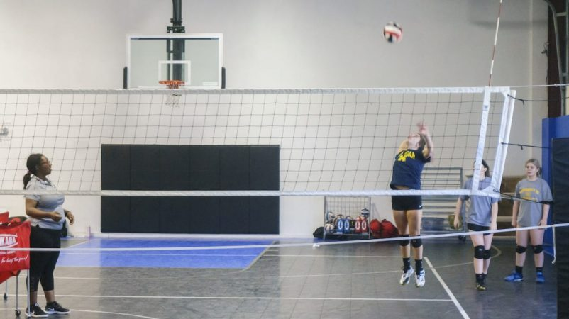 May 2019 volleyball Training Session - Kansas City north's Eclipse Volleyball Club KC - 16u jumping up hitting 2
